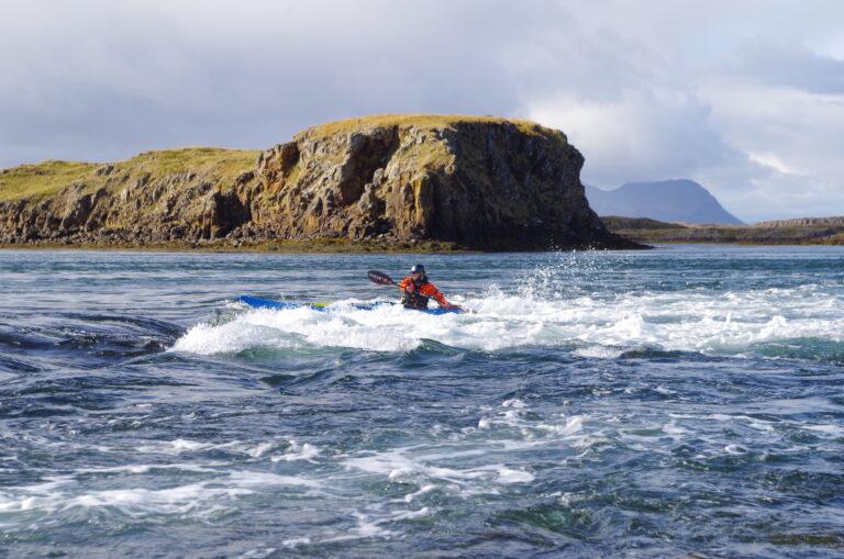 Kayak scene